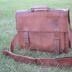 Komals-Passion-Leather-18-Inch-Retro-Leather-Briefcase-Laptop-Messenger-Bag-0-1