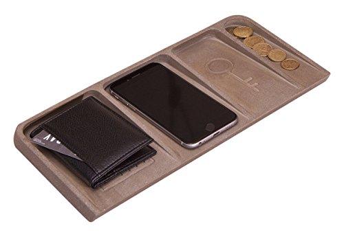 Organizer-Wallet-Phone-Coins-Keys-Concrete-0