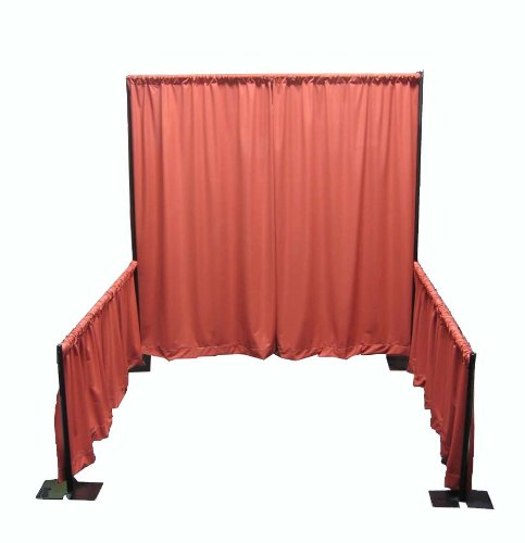 Portable-Tradeshow-Booth-Pipe-and-Drape-0